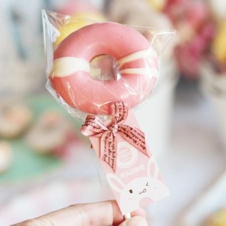 甜甜圈棒棒糖